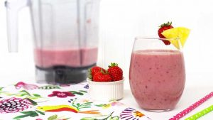strawberry-delight-smoothie-700